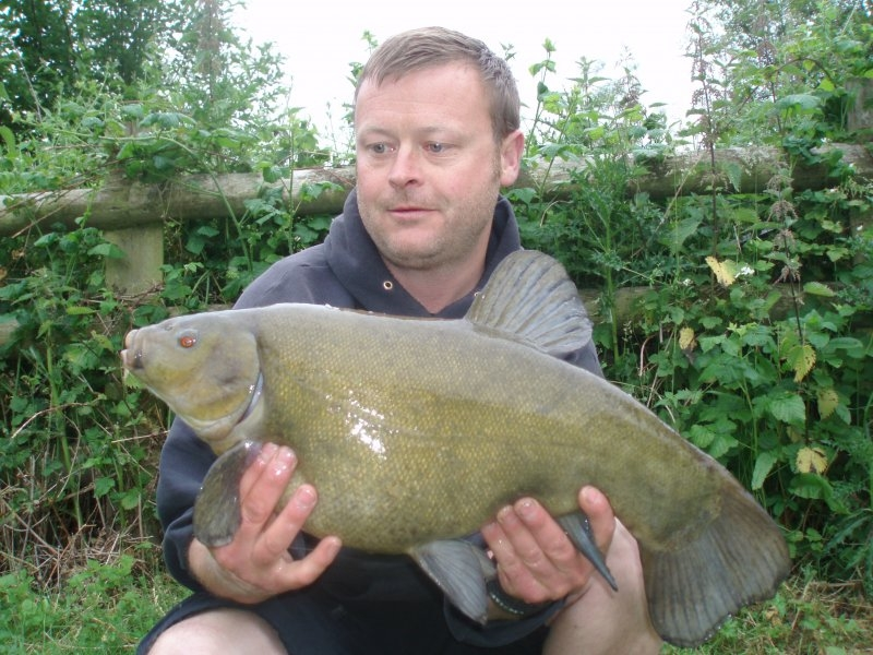 tench-duncan-green-8lb11oz.jpg